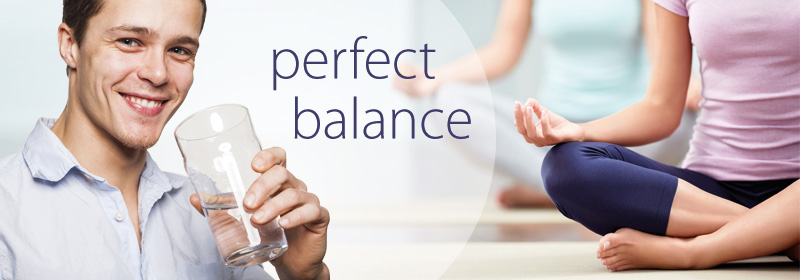 perfect-balance-mann-yoga-frau